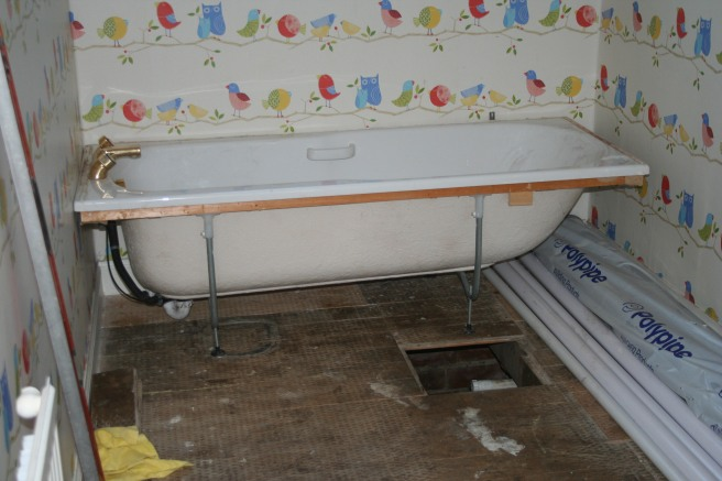 temporary bath in the position of the new bath