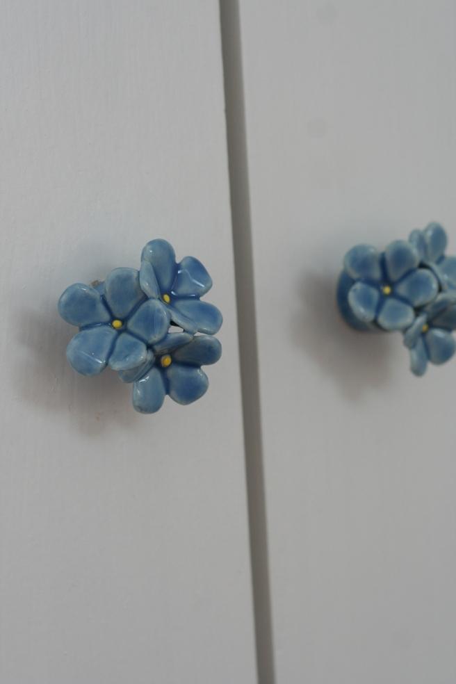 H's cupboard door handles