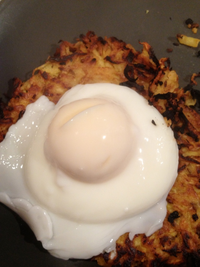The Rosti topped with a poached egg, not bad indeed.